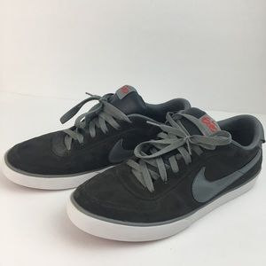 NIKE 6.0 SNEAKERS GRAY SUEDE SIZE 11
